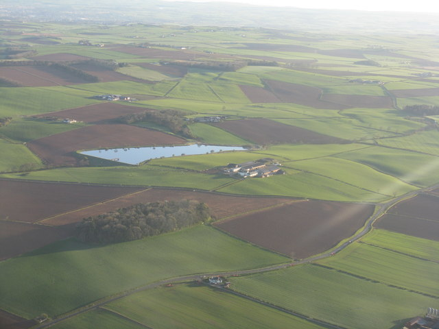 Raith Farm and reservoir