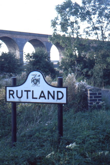 Entering Rutland at the Welland Viaduct