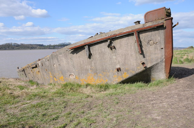 Beached vessel at Purton