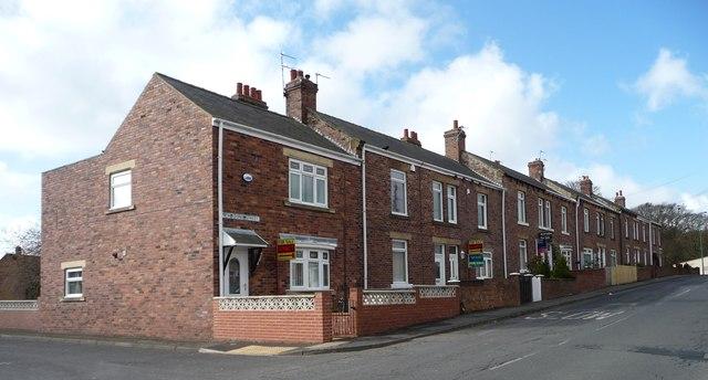 Terraced houses, Tanfield Lea