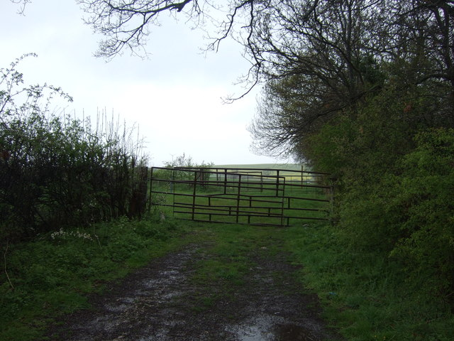 Field entrance off Hough Road