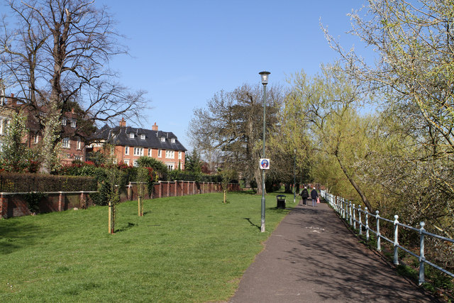Footpath Beside The Thames