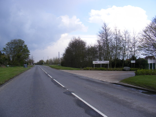 B1438 Yarmouth Road & the entrance to John Woods Nurseries