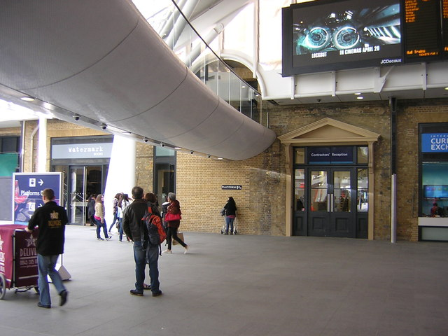 Kings Cross station: the new departures concourse and Platform 9 3/4