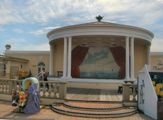 Bandstand - The Lido