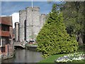 TR1458 : City gate & Great Stour by Oast House Archive