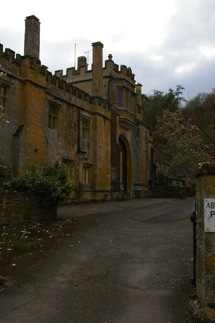 Montacute Priory: gatehouse