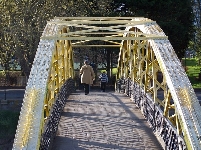 Footbridge over the River Avon