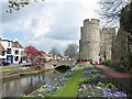 TR1458 : Gardens by the Great Stour by Oast House Archive
