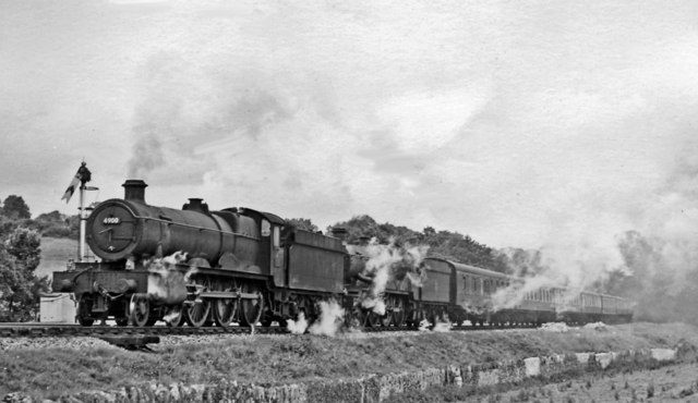 Paddington - Perranporth/Penzance express struggling up Dainton Bank