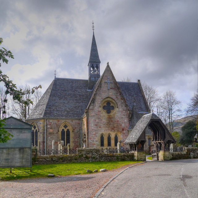 Luss Church
