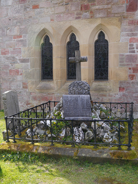Memorial in Luss Churchyard