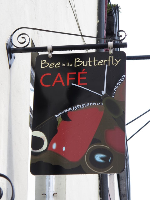 Sign for the Bee in the Butterfly Cafe, Battle Hill
