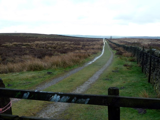 Track below Fallinge Edge