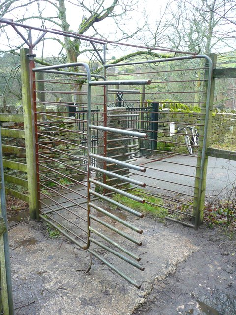 Bridleway rotary gate, Carr Hall Lane, Stainland