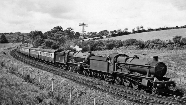 Newquay - Paddington express descending Rattery Bank at Tigley