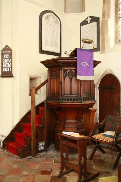 St Peter & St Paul, Bardwell - Pulpit
