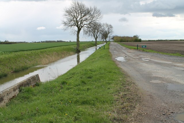 Track to Bramley Farm along Twenty Foot Drain