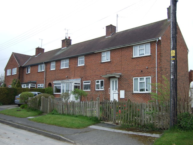 Houses on Church Hill, Grindale
