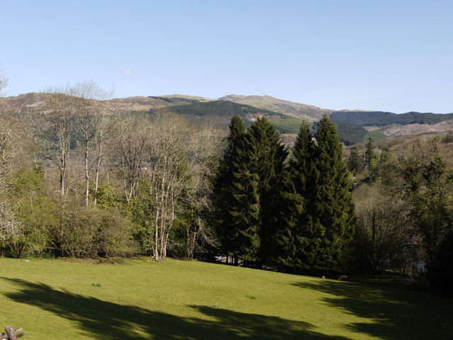 Grounds at Bryn-y-gwin