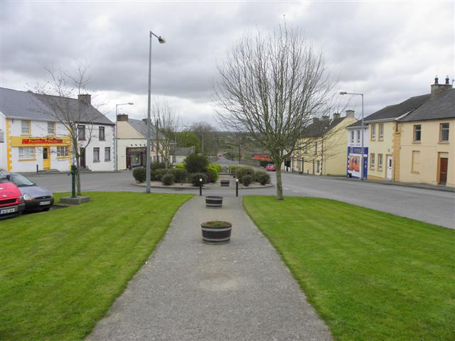 The Diamond, Castlefinn