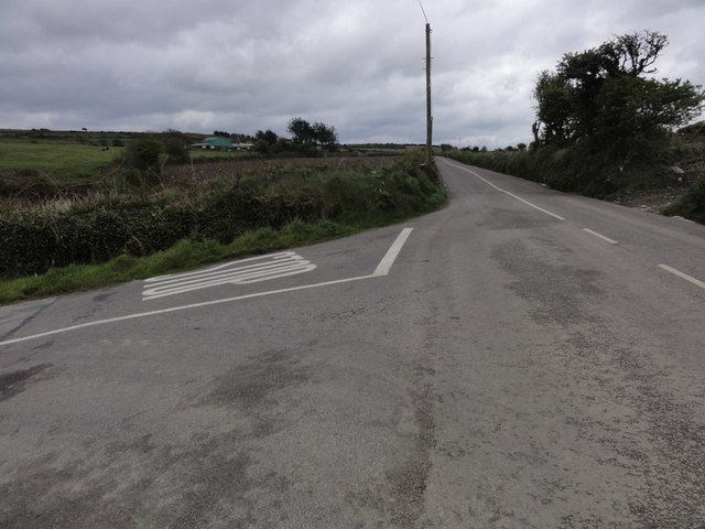 Wide road junction