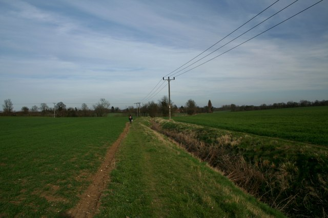 Public Footpath to Leaden Roding