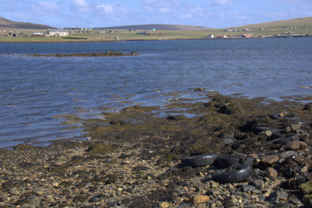 Coastline of the voe at Baltasound