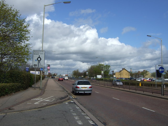 Bourges Boulevard (A15) heading north