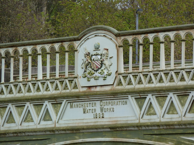 Aqueduct north side of Agecroft Bridge, Detail