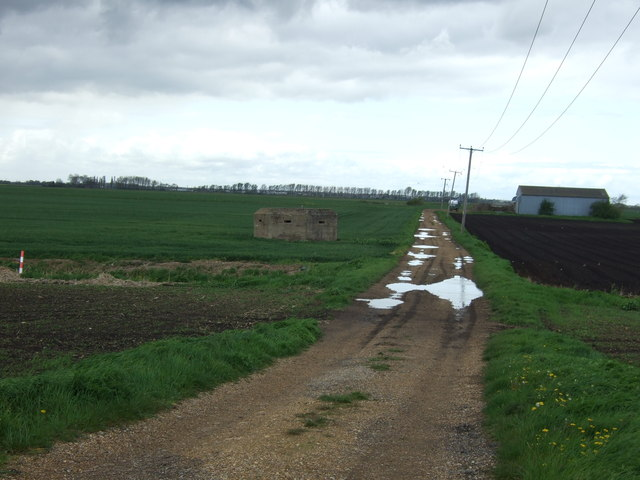 Farm track off the B1040