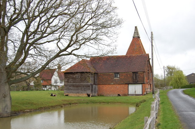 Oast house on Mill Lane