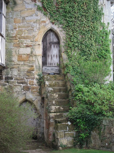 Steps To Door At Scotney Old Castle 169 Oast House Archive
