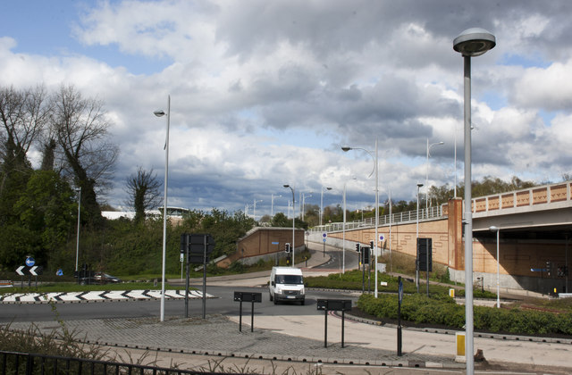 Roundabout by Coulsdon South