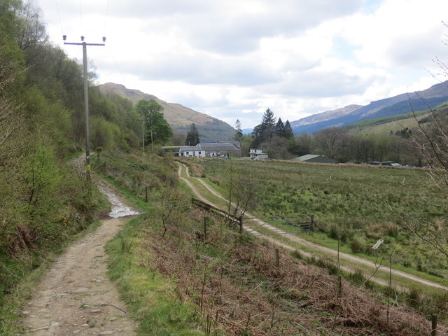 Stronafyne and the Glen Loin footpath