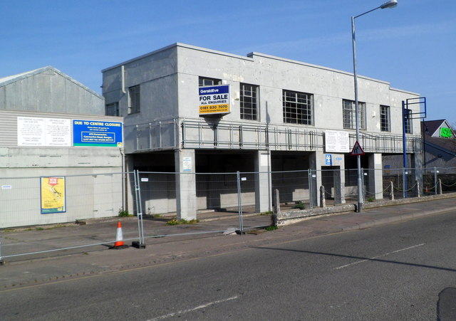 Former ATS Euromaster premises for sale, Caernarfon