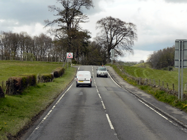 Stirling Road (A811)
