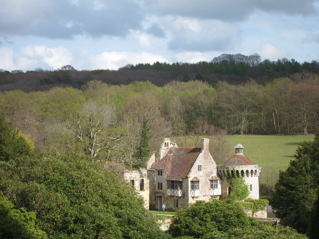 Scotney Old Castle