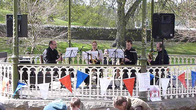 Band in the Sele