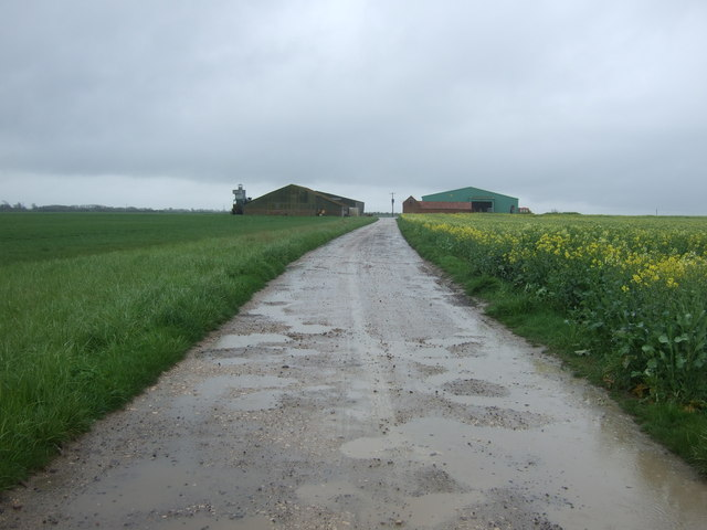 Farm road off Scredington Road