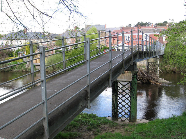 Morpeth - Skinnery Footbridge