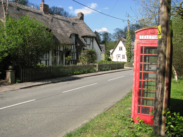 K6 telephone box in The Street, Stradishall