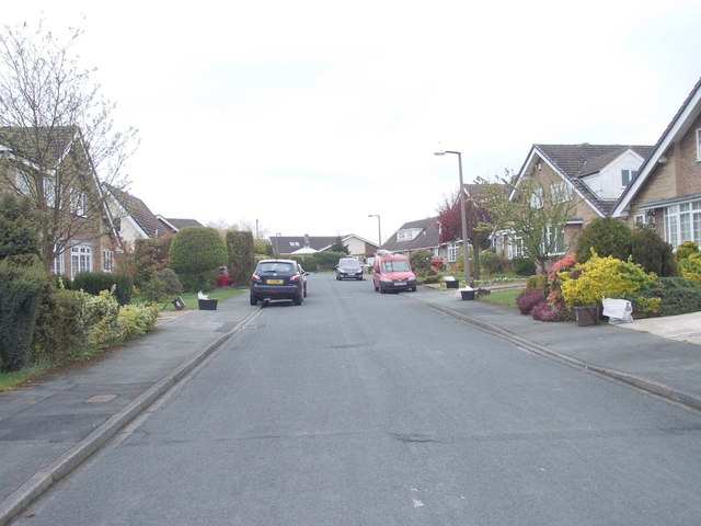 Greenacres Avenue - looking towards Greenacres