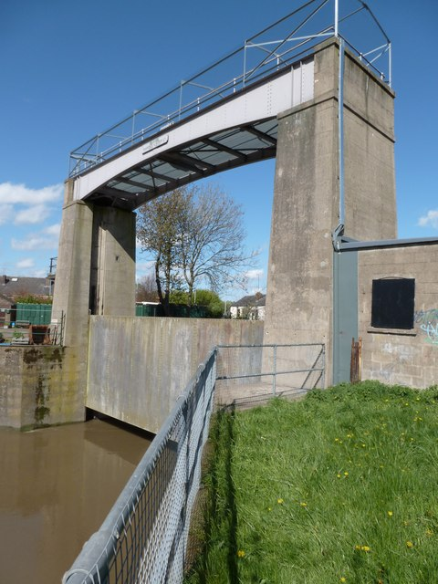Regulator on the River Rother