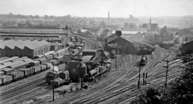Railway panorama from Rainbow Hill, Worcester