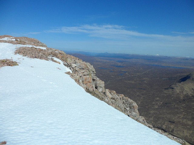 Approaching the summit of Stob Dearg