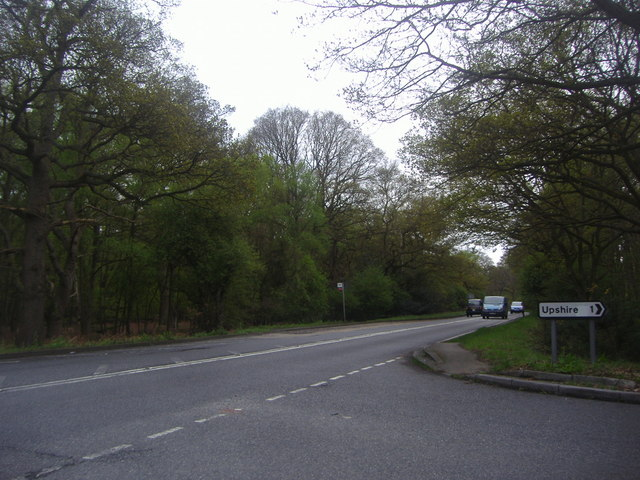 Epping Road at the junction of Crown Hill
