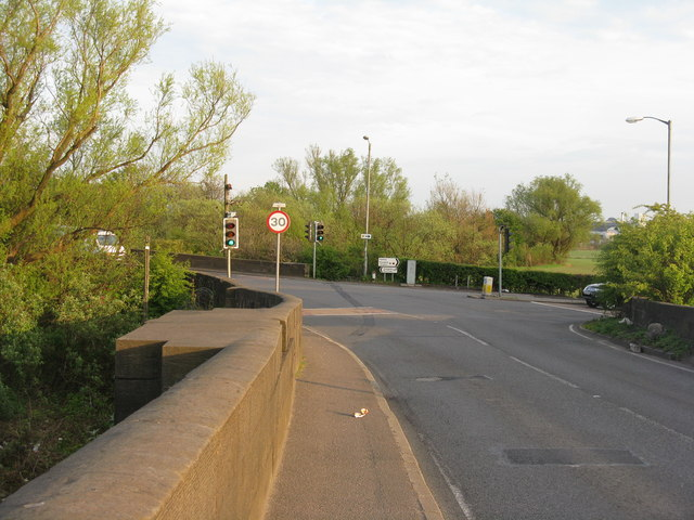 Abbotsinch Road joins the A8