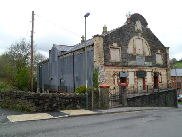 Abertridwr Bingo & Social Club viewed from the SW