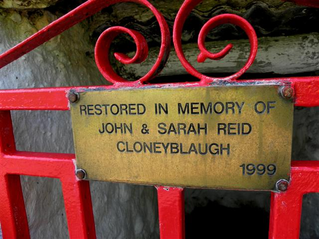 Inscribed plaque, well at Cloneblaugh